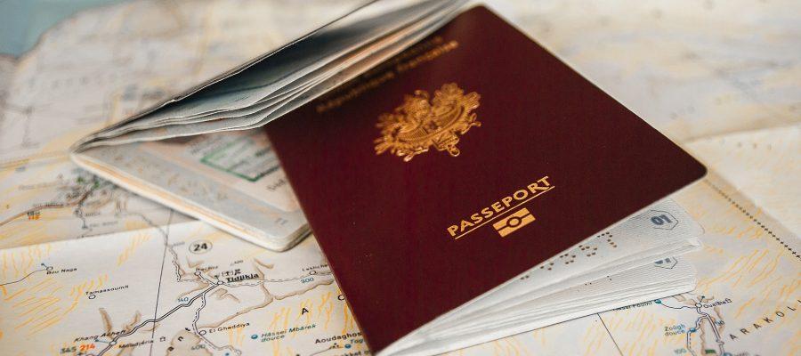 Pass auf Landkarte